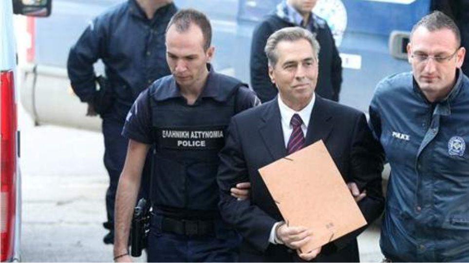Νέα πρόταση για παραπομπή σε δίκη για τον Βασίλη Παπαγεωργόπουλο