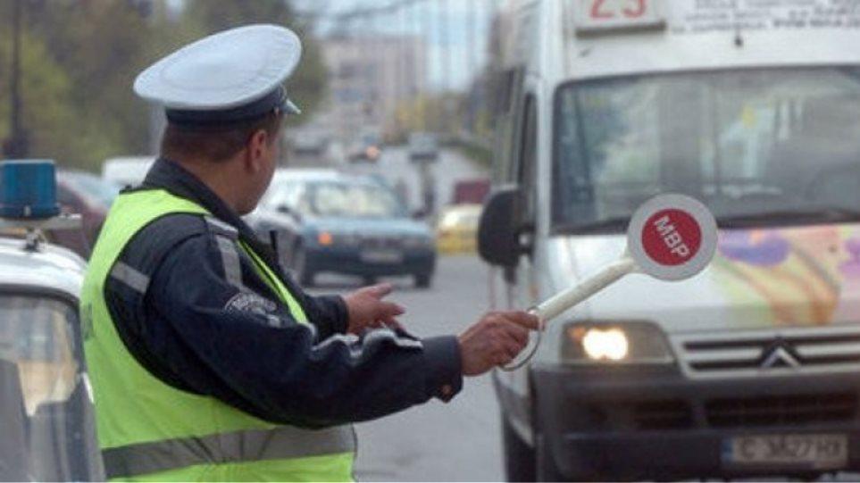 Μπαράζ ελέγχων σε αυτοκίνητα που κυκλοφορούν με ξένες πινακίδες