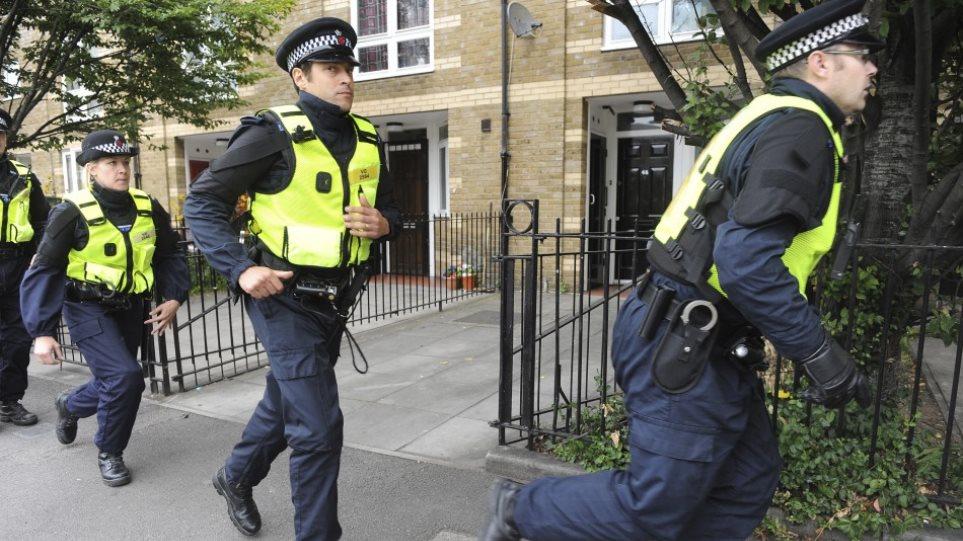 Βρετανία: Αναζήτουνται 20 νεαροί για ρατσιστική επίθεση σε Πολωνό