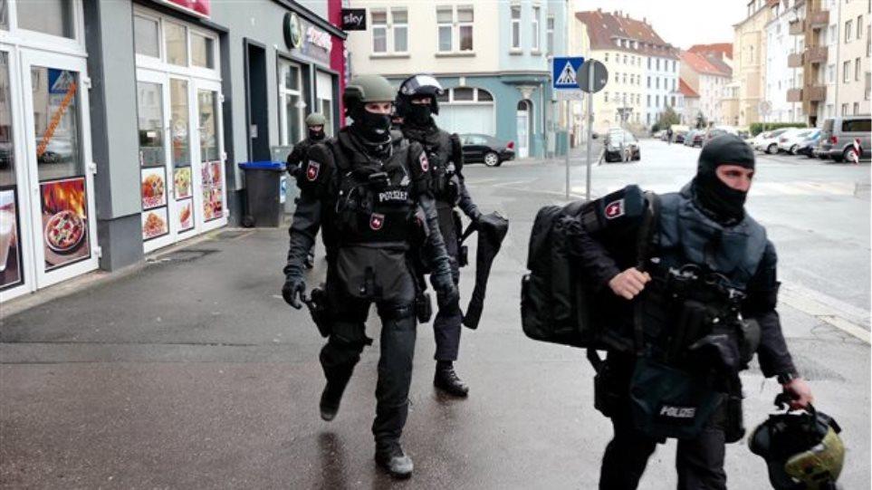 Συναγερμός στη Γερμανία: Σύροι θα εκτελούσαν «συμβόλαια θανάτου» στο όνομα του Ισλάμ