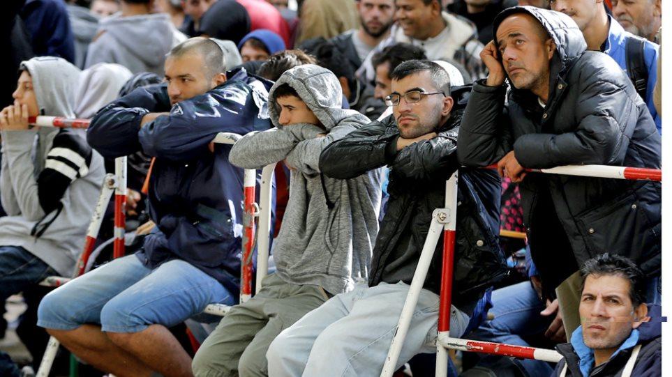 Γερμανικοί «κολοσσοί»: Οι πρόσφυγες δεν είναι έτοιμοι να βγουν στην αγορά εργασίας