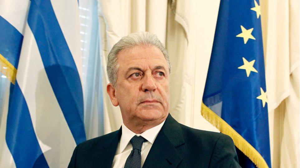 Αβραμόπουλος: Δεν είμαι ικανοποιημένος από το ρυθμό της μετεγκατάστασης