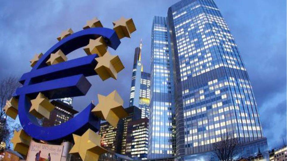 Μειωμένος κατά 2,6 δισ. ευρώ ο δανεισμός από τον ELA
