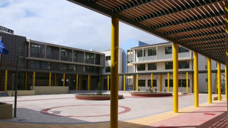 Νέα κτήρια και αίθουσες σε σχολεία - Δείτε πού