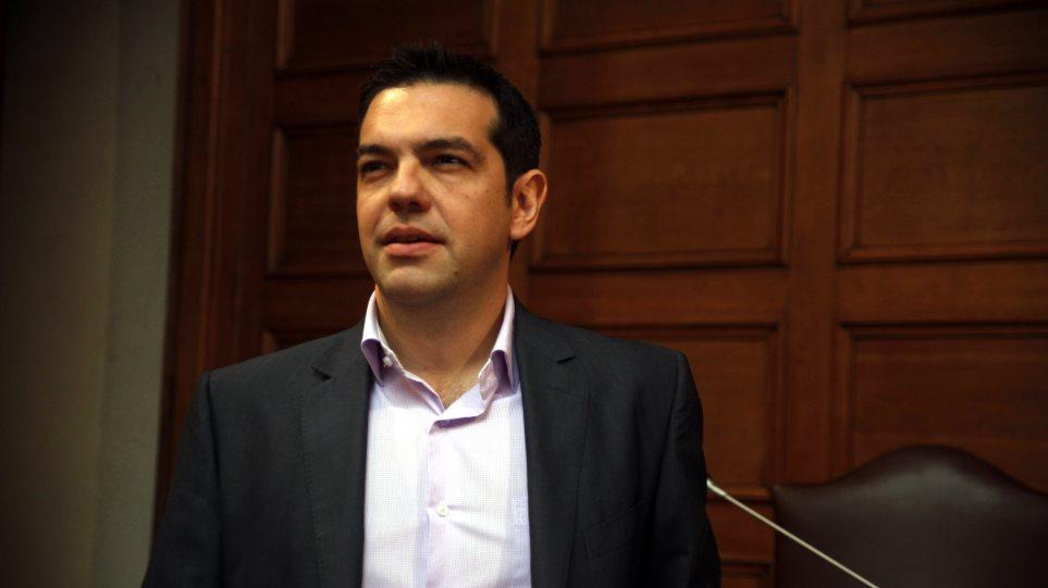 Τσίπρας: Βήμα στη σωστή κατεύθυνση η δήλωση Γιούνκερ για κοινωνική ΕΕ