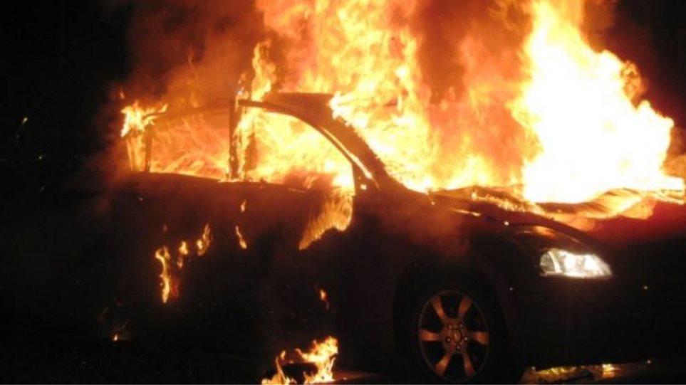 Κύπρος: Φωτιά στο αυτοκίνητο του πρώην κυβερνητικού εκπροσώπου