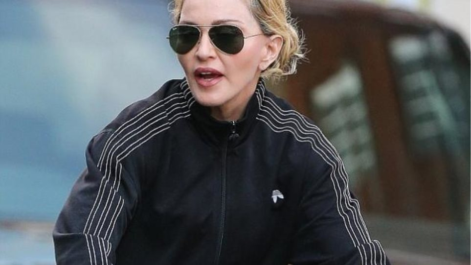 Madonna: Ποδηλατάδα με αποκαλυπτικό... ατύχημα
