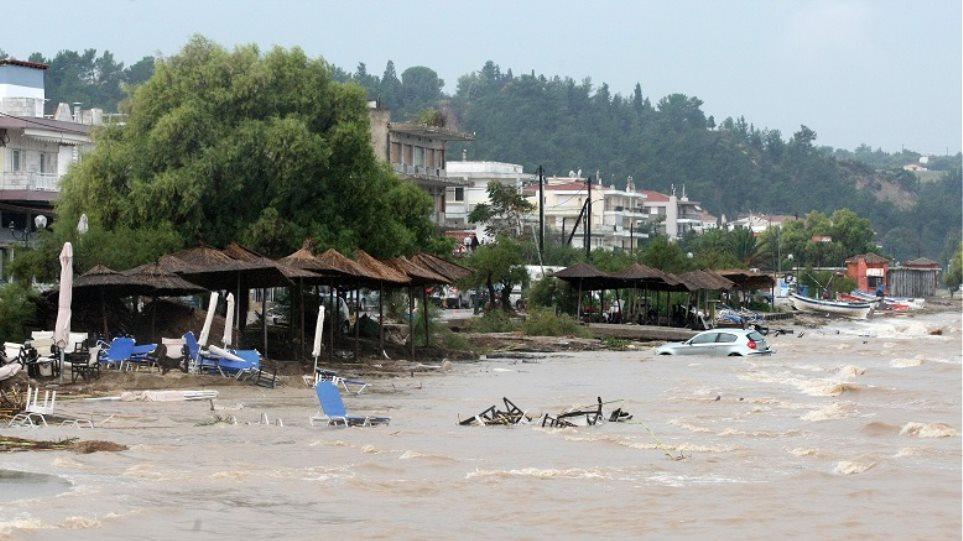 Έκτακτη ενίσχυση 5,5 εκατ. ευρώ στους πλημμυροπαθείς δήμους