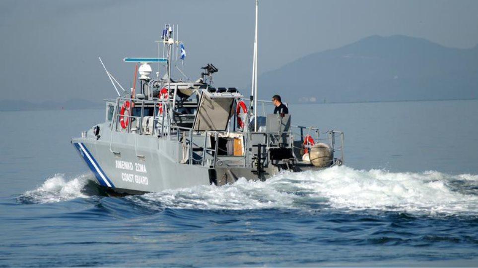 Λαθρομετανάστες με βάρκες και στη Ζάκυνθο
