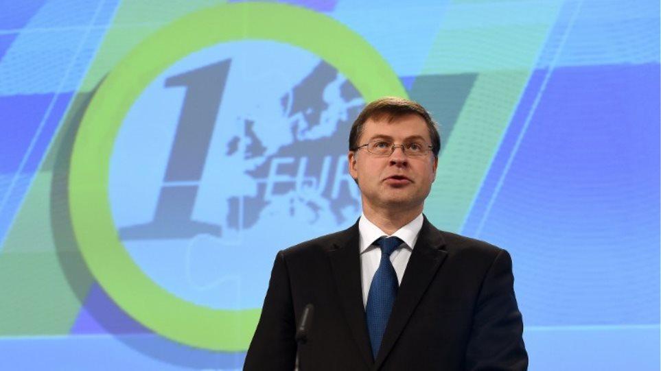 Ντομπρόβσκις (αντιπρόεδρος Κομισιόν): Ύφεση και πιο σκληρά μέτρα έφερε ο λαϊκισμός του ΣΥΡΙΖΑ
