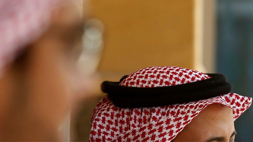 Σαουδάραβας πρίγκιπας μαστιγώθηκε μετά από εντολή δικαστηρίου