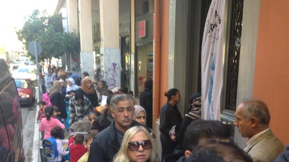 Απίστευτες εικόνες για μια γκοφρέτα στο κέντρο της Αθήνας