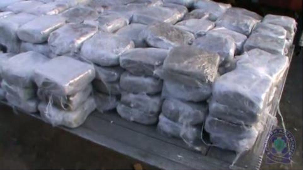 Δύο συλλήψεις για ναρκωτικά στο Πεταλίδι Μεσσηνίας