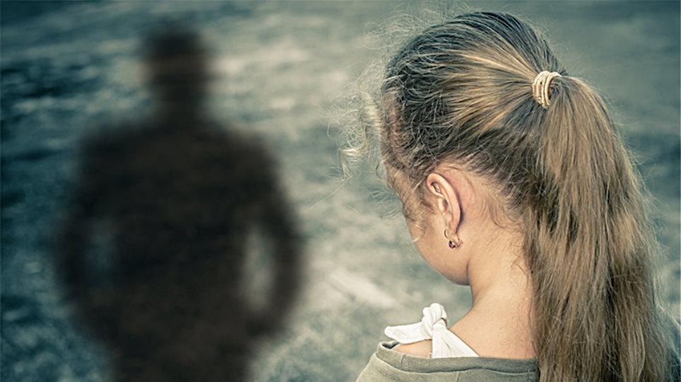 Ζάκυνθος: 31χρονος ασελγούσε σε ανήλικη - Την εκβίαζε με γυμνές φωτογραφίες της