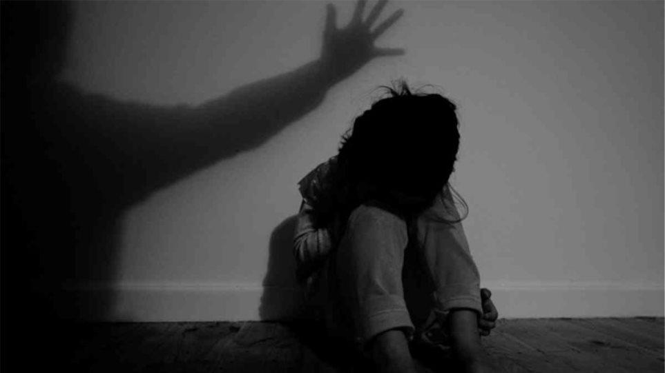Ο 10χρονος κακοποιήθηκε σεξουαλικά από άλλα παιδάκια με αντικείμενο