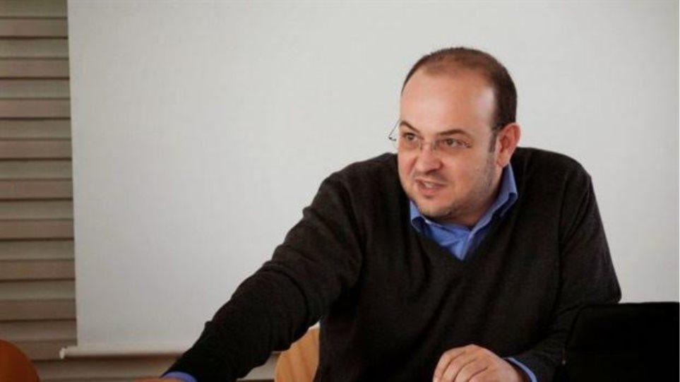 Ποιος είναι ο Δημήτρης Λιάκος, ο νέος Υφυπουργός παρά τω πρωθυπουργώ