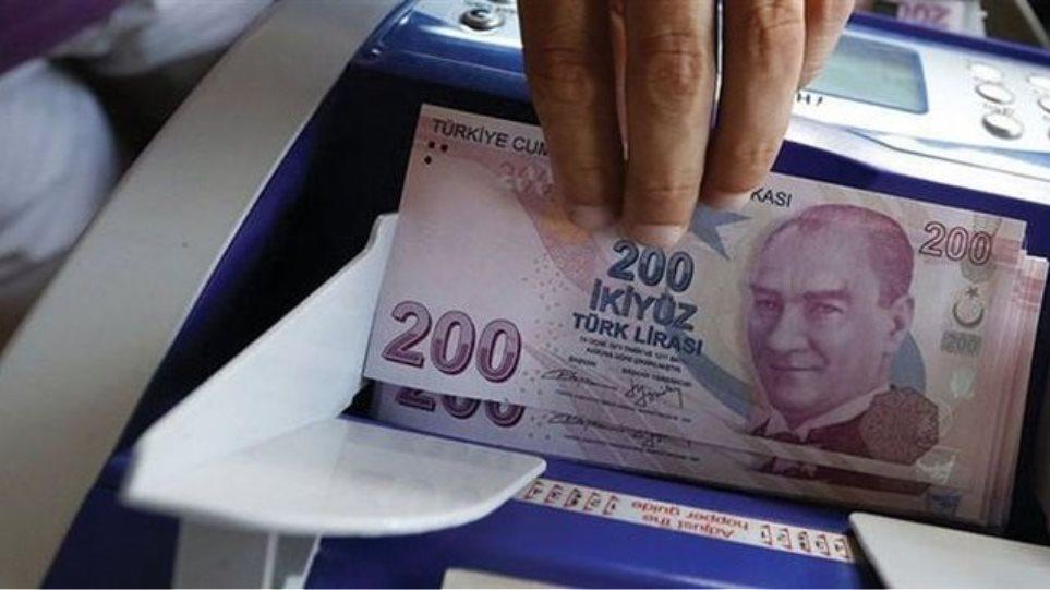 Βουτιά στο Χρηματιστήριο της Κωνσταντινούπολης και νέο χαμηλό για την τουρκική λίρα