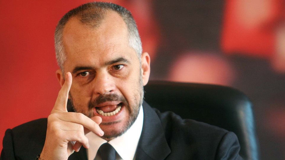 Επιμένει στις προκλήσεις ο Ράμα: Το τσάμικο είναι εθνικό θέμα των Αλβανών