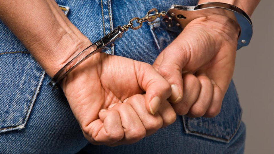 Στο Βερολίνο έκλεβε αλλά στην... Κακαβιά συνελήφθη