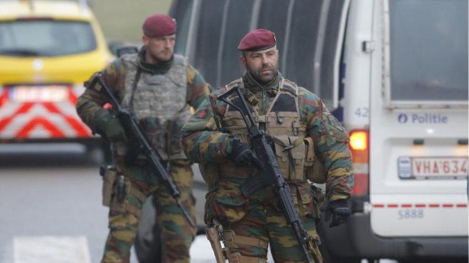 Κόσοβο: Συνελήφθησαν επτά άνδρες που σχεδίαζαν επιθέσεις στα Βαλκάνια