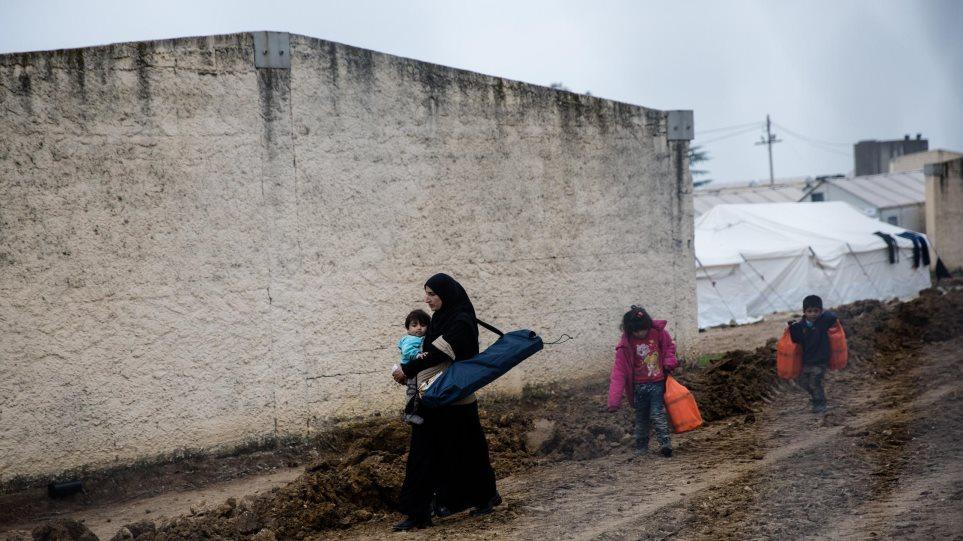 Πάνω από 12.000 μετανάστες και πρόσφυγες εγκλωβισμένοι στο βόρειο Αιγαίο