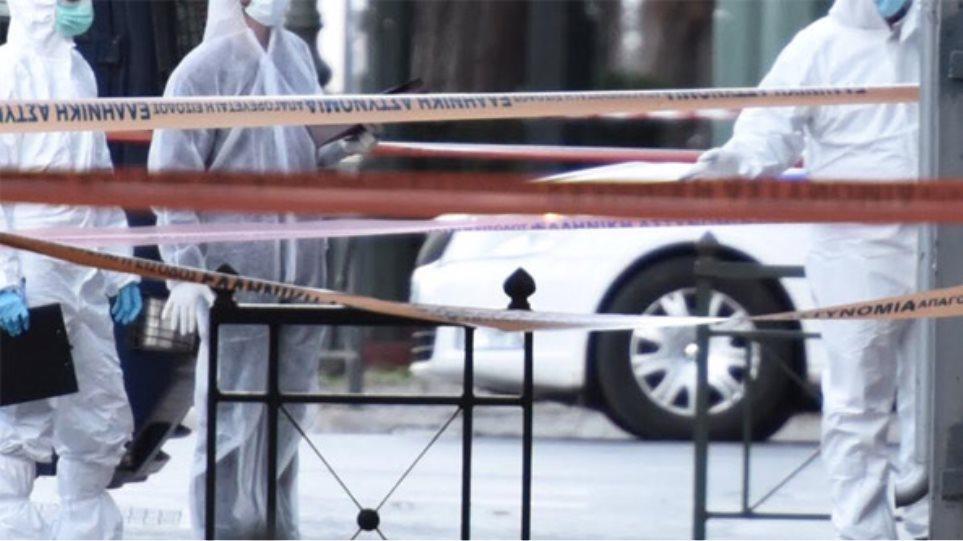 Επίθεση με χειροβομβίδα στη γαλλική πρεσβεία - Τραυματίστηκε αστυνομικός