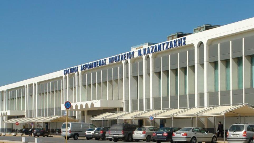 Ηράκλειο: Επτά συλλήψεις μεταναστών για πλαστογραφία στο «Ν. Καζαντζάκης»