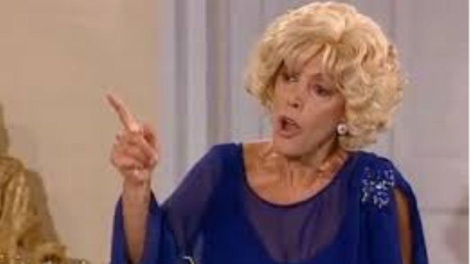 Ντίνα Κώνστα: «Δεν έχω δει όλα τα επεισόδια των ''Δύο Ξένων''»
