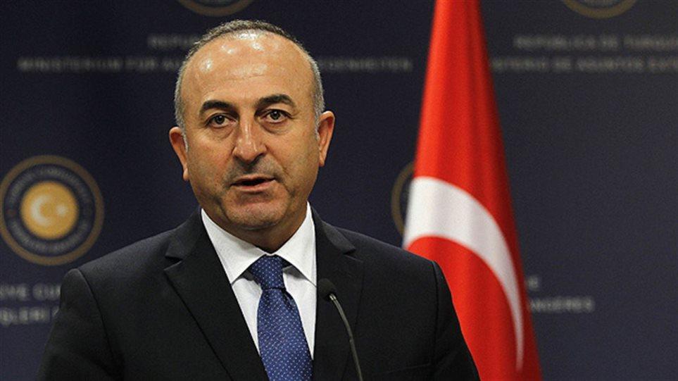 Τελεσίγραφο Τσαβούσογλου: Να εκδοθούν άμεσα οι 8 Τούρκοι αξιωματικοί