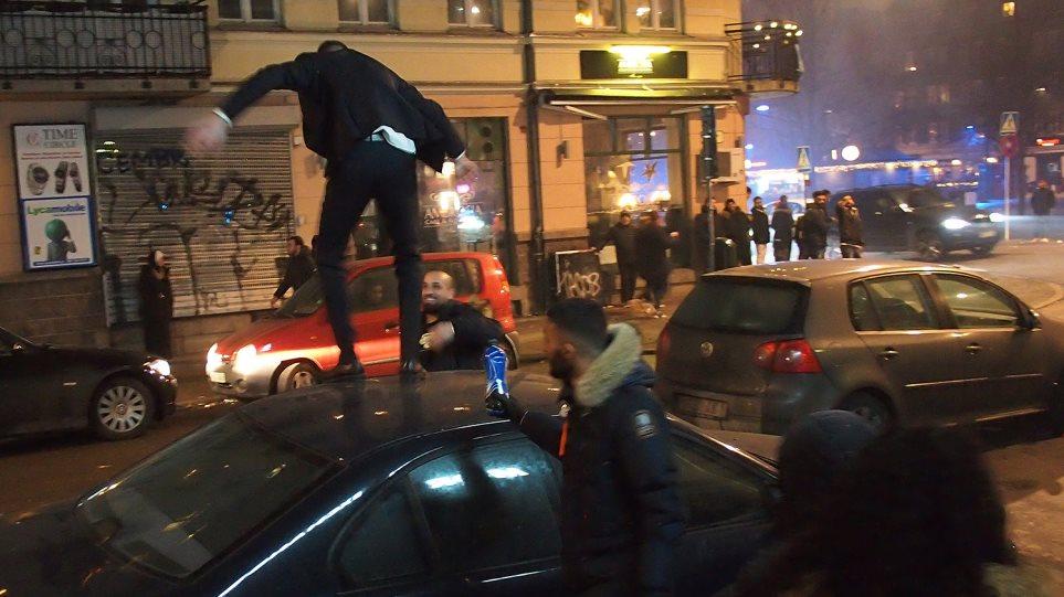 Σουηδία: Πεδίο μάχης από μετανάστες που φώναζαν «τζιχάντ» το κέντρο του Μάλμε