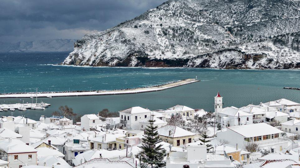 Στο έλεος του χιονιά: Σε κατάσταση έκτακτης ανάγκης Αλόννησος, Σκόπελος και Κύμη