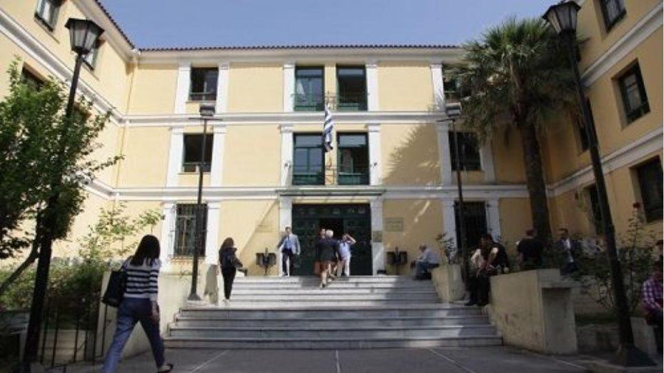 Εισαγγελική έρευνα προκειμένου να ελεγχθούν οι καταγγελίες Καμμένου κατά Κουρτάκη-Τζένου