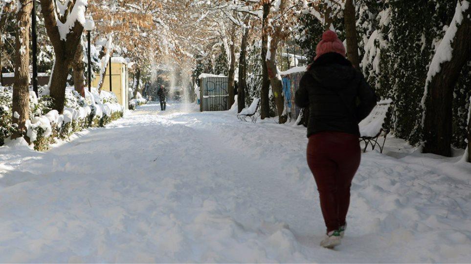 Έρχεται νέος χιονιάς από το απόγευμα - Ποιες περιοχές θα χτυπήσει