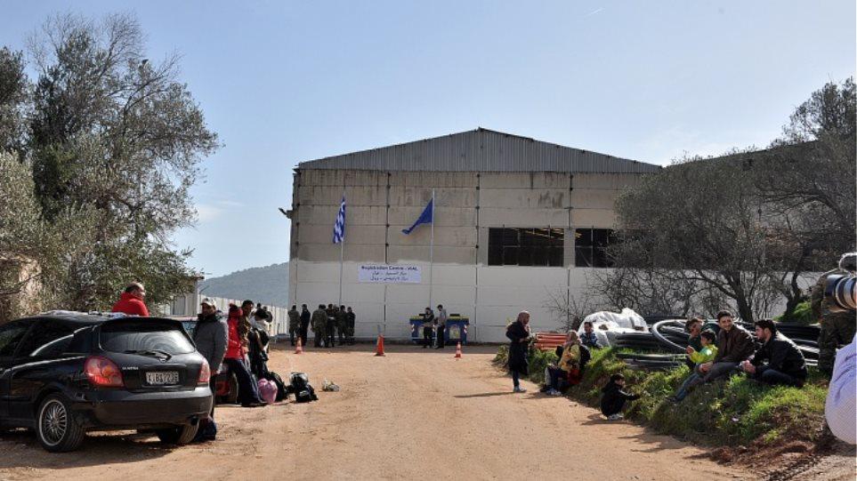 Χίος: Τρεις απόπειρες αυτοκτονίας σε μία εβδομάδα από μετανάστες σε Σούδα και ΒΙΑΛ