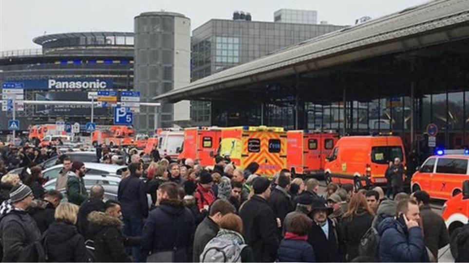 Πανικός στο αεροδρόμιο του Αμβούργου: 70 άνθρωποι με αναπνευστικά προβλήματα