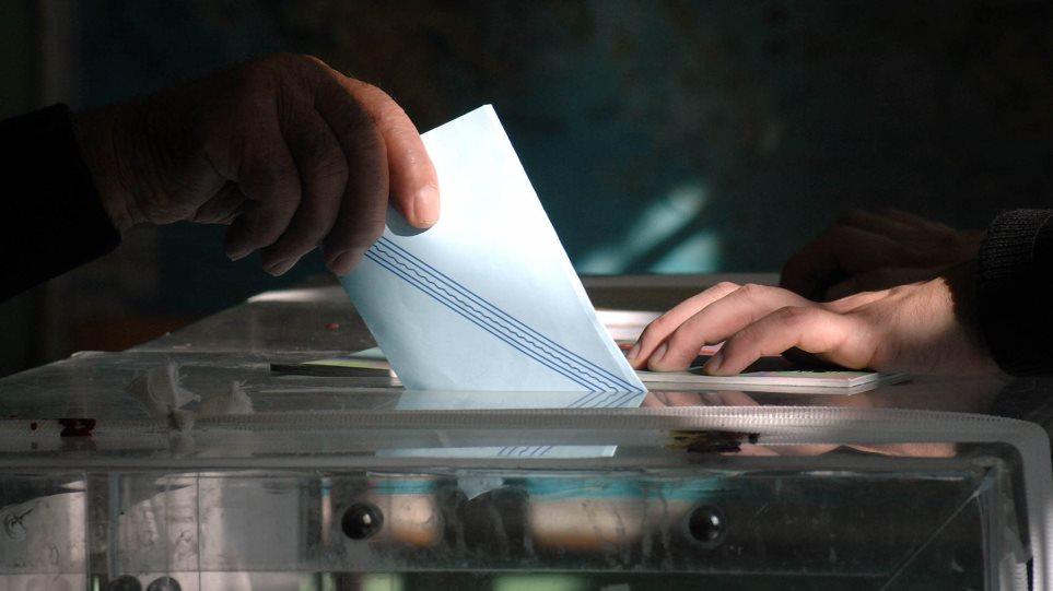 Δημοσκόπηση: Μπροστά με 11.6% η ΝΔ έναντι του ΣΥΡΙΖΑ