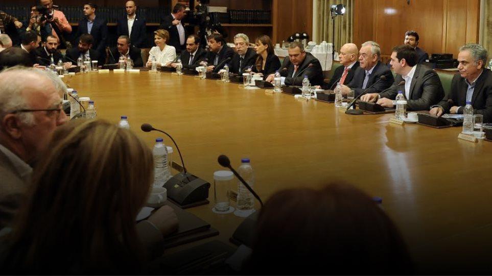 Με υπουργικό για ανάπτυξη και απασχόληση επιδιώκει αλλαγή ατζέντας η κυβέρνηση