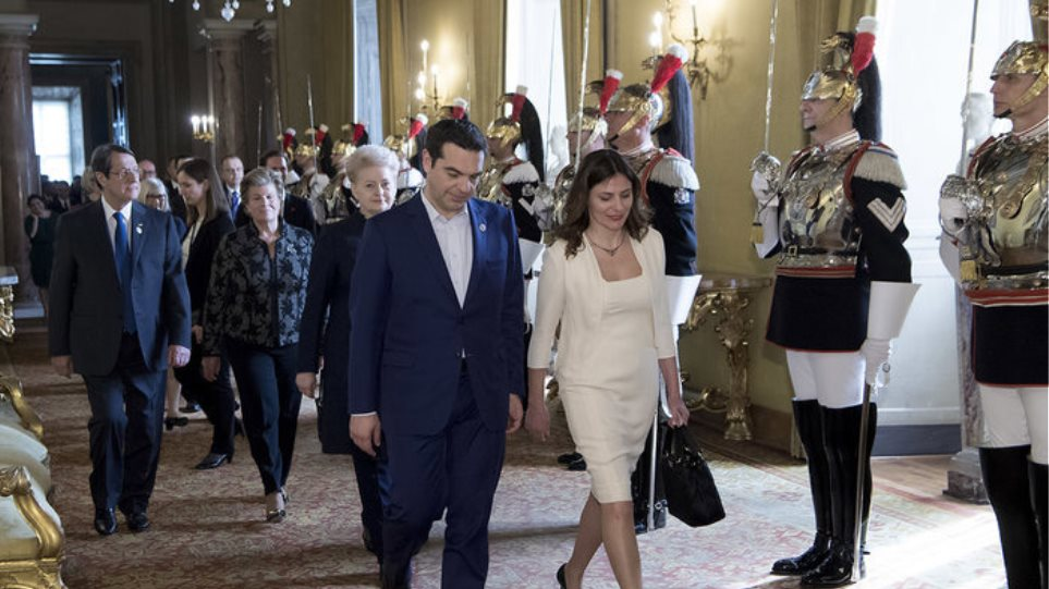 Φωτογραφίες: Μπλε και λευκό επέλεξαν Τσίπρας και Μπαζιάνα στην Ρώμη
