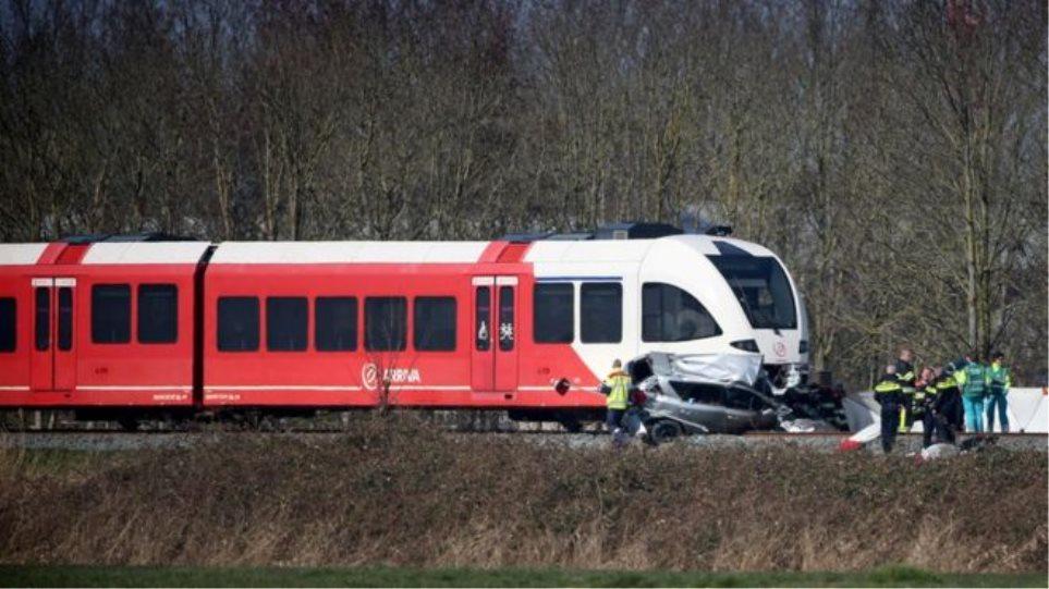 Τραγωδία στην Ολλανδία: Τρένο παρέσυρε αυτοκίνητο - Νεκροί ένα παιδί και ένας άνδρας