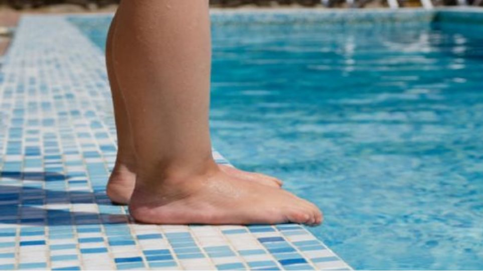 Ηράκλειο: Στην εντατική νοσηλεύεται το κοριτσάκι που έπεσε στην πισίνα