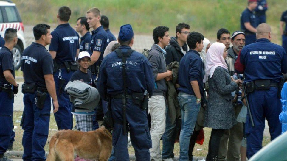Ουγγαρία: Η Ιταλία μάς εκβιάζει στο μεταναστευτικό