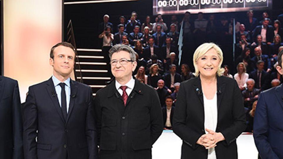 Γαλλία: Μακρόν και Μελανσόν κερδίζουν τις εντυπώσεις για την προεκλογική τους εκστρατεία