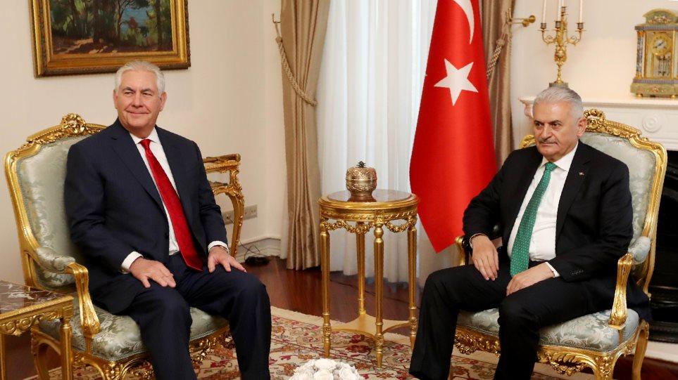 Στην Τουρκία ο Τίλερσον εν μέσω εξελίξεων στη Συρία
