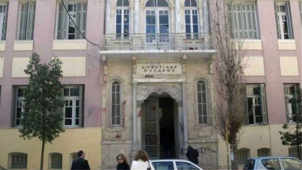 Επίθεση σε δικηγόρο μέσα στο δικαστικό μέγαρο Ηρακλείου