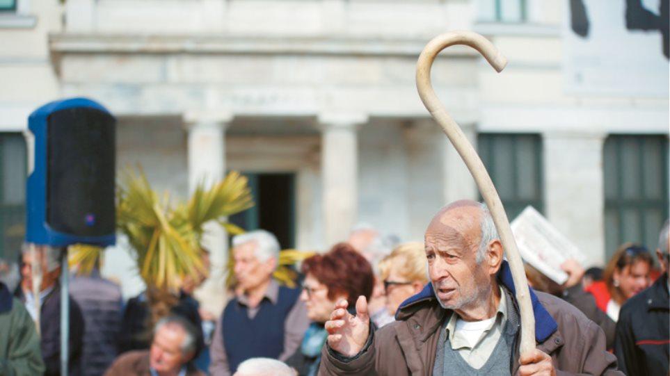 Ποιοι συνταξιούχοι χάνουν και πόσα από το 2019