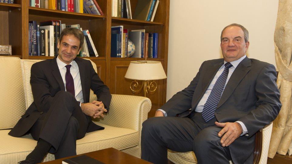 Για ελληνοτουρκικά, Κυπριακό και γαλλικές εκλογές μίλησαν Μητσοτάκης - Καραμανλής