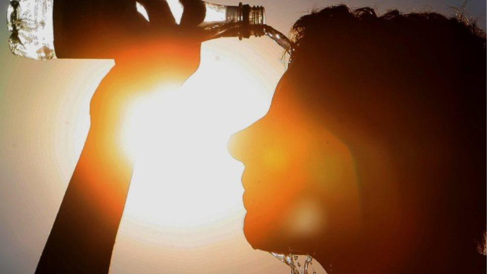 Έρχεται το πρώτο «κύμα» καύσωνα: Έως και 36 βαθμούς το θερμόμετρο Μάη μήνα