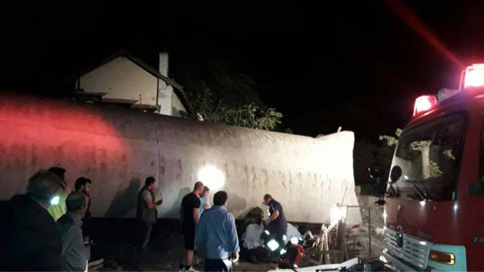 Τραγωδία στο Άδενδρο: Δύο νεκροί από τον εκτροχιασμό αμαξοστοιχίας