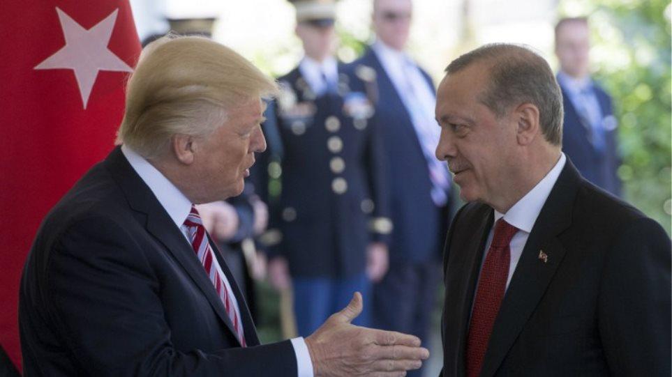 Τα «έσπασαν» Τραμπ-Ερντογάν για τους Κούρδους στην πρώτη τους συνάντηση