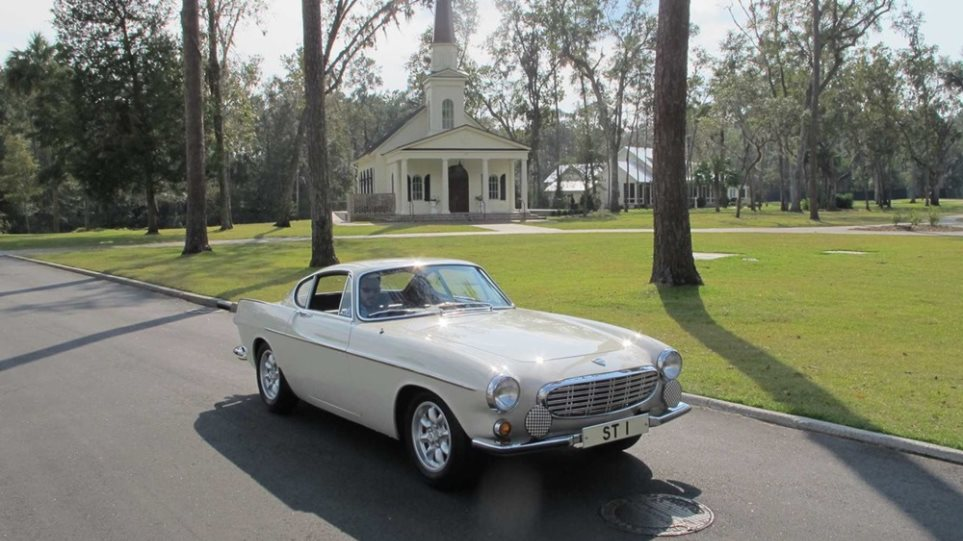 To αγαπημένο Volvo του Roger Moore